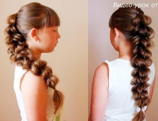 Как плетется коса из хвостиков с резинками в 3Д формате фото