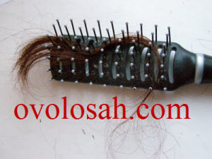 Давайте разберем как остановить выпадение волос у женщин и увеличить их густоту
