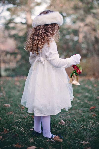 Новогодние прически для девочек на длинные волосы - локоны